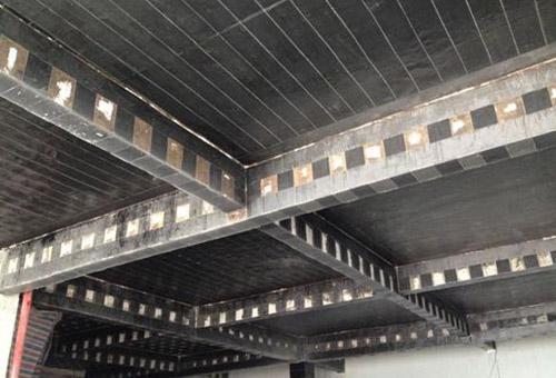 青岛地区厂房房屋加固管道托架加固项目