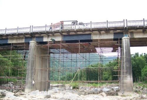 桥梁加固施工中的锚喷混凝土及锚喷砼加固技术